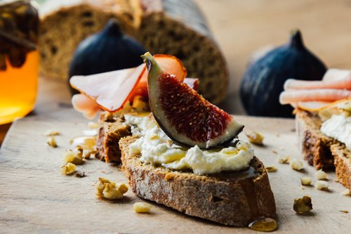 Recipe of the Day - Breakfast Crostini with Ricotta, Honey and Figs